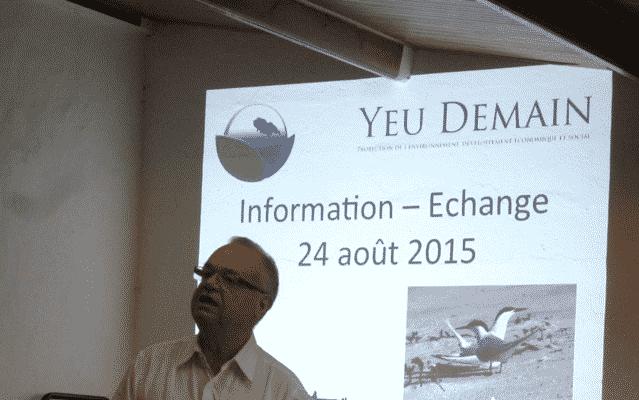 "Photo représentant l'association ""Yeu Demain"" fondée en 1972"